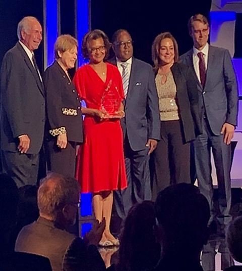 "MLKCH CEO Receives ""Vision and Excellence"" Award"